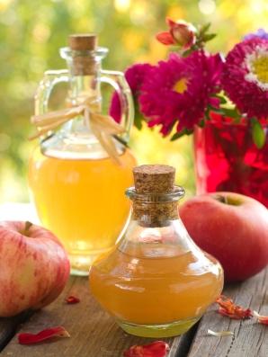 apple-cider-vinegar-bottles