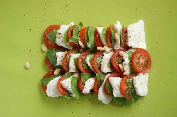 tomato-mozzarella-2624120_960_720
